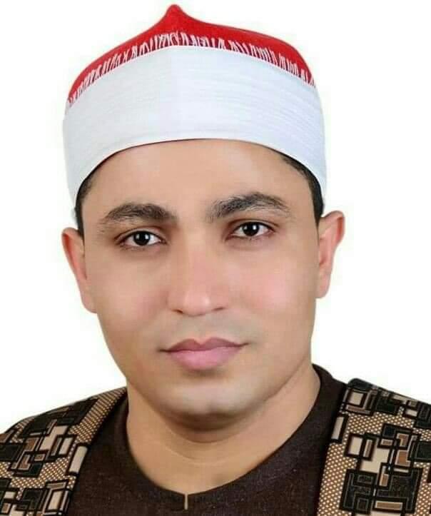 اعرف من هو الشيخ الحسيني الهش قارئ القران فى ليلة القدر