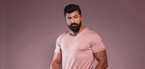 حكاية المغني العراقي سيف نبيل والقبض علية بالإمارات بسبب ضربه لحبيبته
