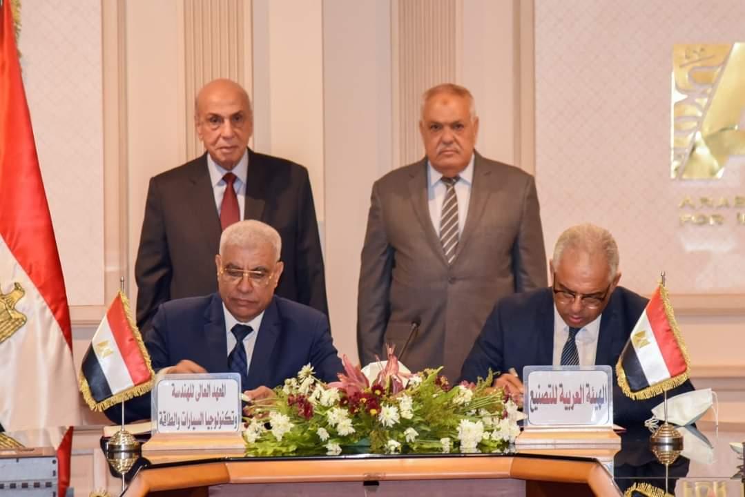 الفريق عبد المنعم التراس يدعم أصحاب الأفكار الجديدة والإبتكارات القابلة للتنفيذ من أجل مصر وشعبها العظيم