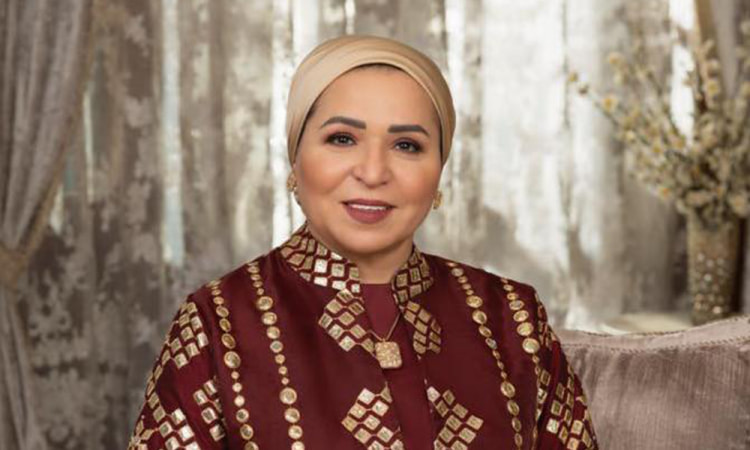 السيدة انتصار السيسى توجه التحية لشباب مصر الذين يطوفون قرى الريف .