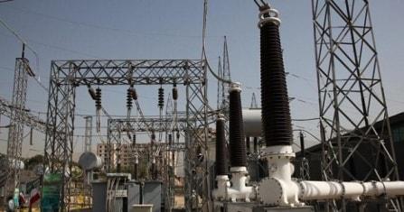 الشركة المصرية للكهرباء وشركة السويدى توقعان   عقد محطة زايد لتغذية المونوريل
