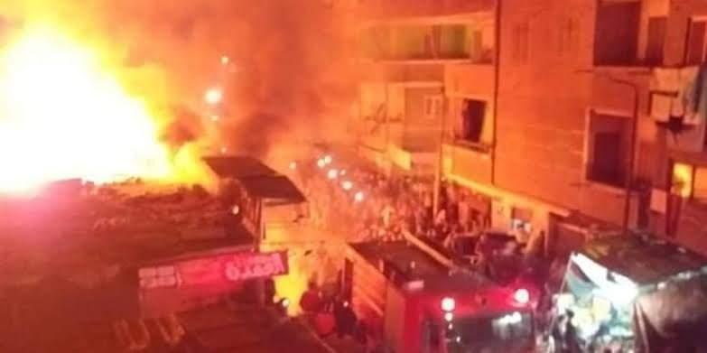 حريق هائل يلتهم عدة منازل بمركز سوهاج دون خسائر فى الأرواح