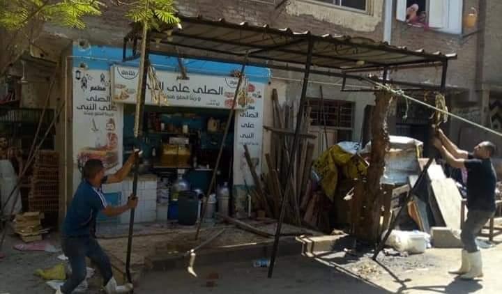 الجيزة تغلق ١٢ مقهي بشمال الوراق والبدرشين لتقديمهم الشيشة للمواطنين