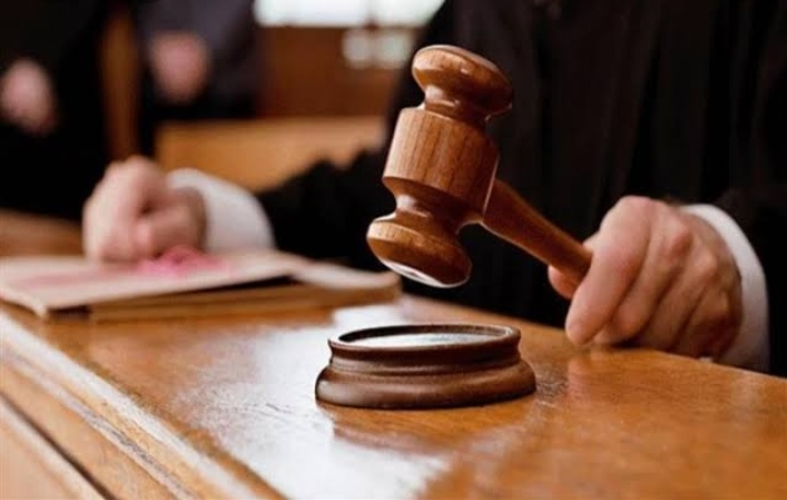 جنايات الزقازيق تصدر الحكم المشدد 10 سنوات لـ 3 متهمين بالشروع في سرقة سيارة وحيازة أسلحة دون ترخيص