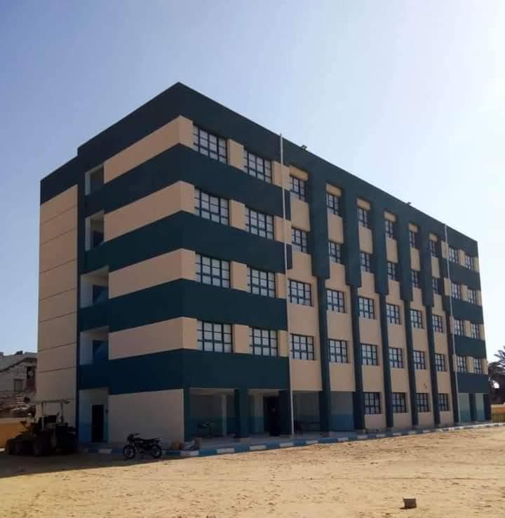 محافظ الفيوم إنشاء وتطوير 264 مدرسة بتكلفة 1.1 مليار جنية في عهد الرئيس السيسي