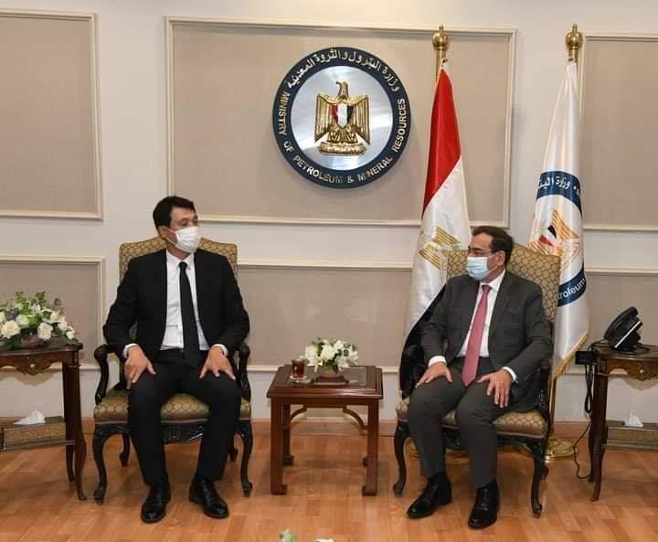 وزير البترول والثروة المعدنية يعقد  جلسة مباحثات ثنائية مع سفير كوريا الجنوبية الجديد بمصر