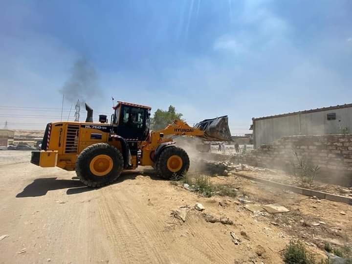 جهاز القاهرة الجديدة يسترد 9 أفدنة شمال طريق العين السخنة بالتعاون مع الشرطة