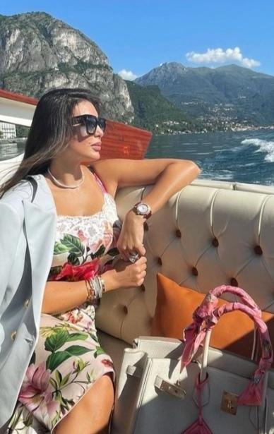 ياسمين صبري تبرز جمالها بإطلالة جديدة من إيطاليا